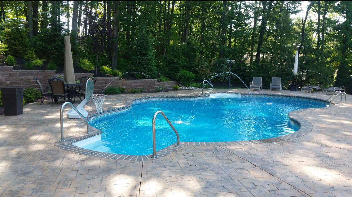 Swimming pool contractor pool service repair toms for Pool design inc bordentown nj